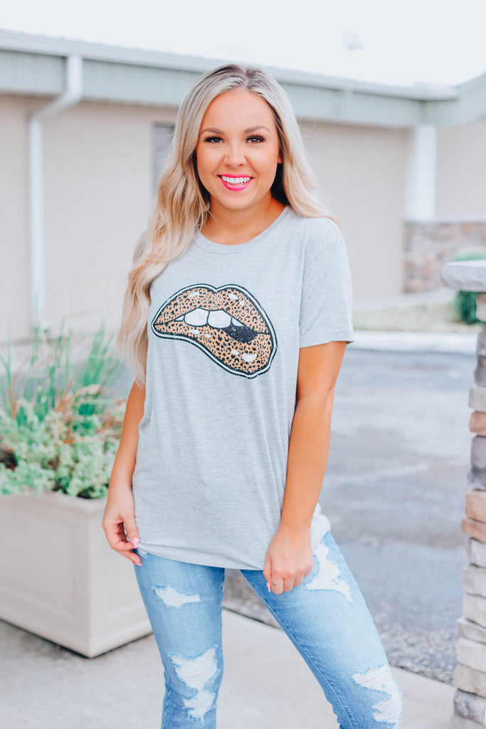Kiss You Tonight Leopard Graphic Top - Grey