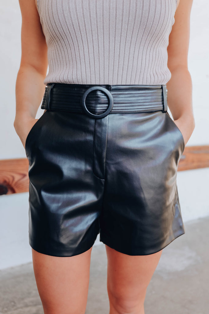 Sleek In The City Shorts - Black