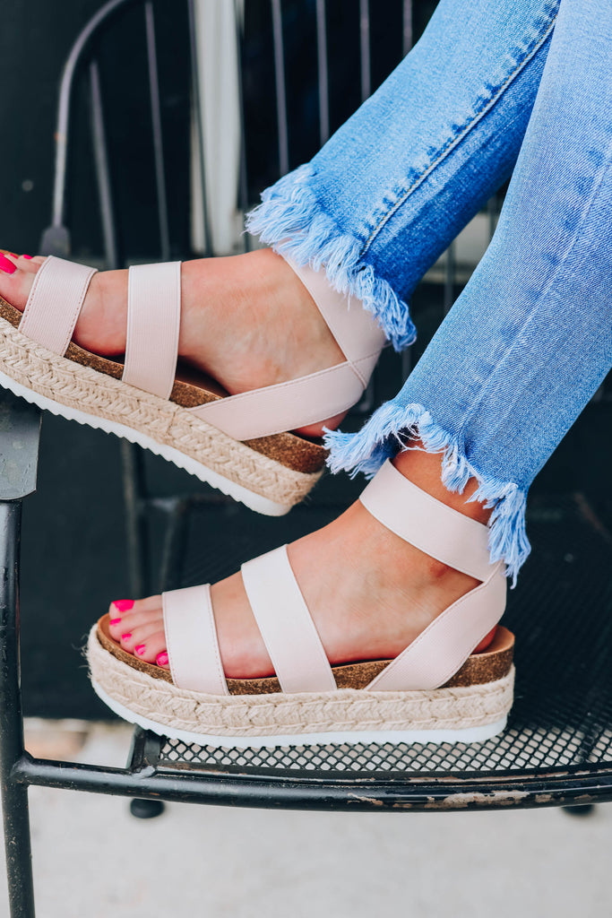Juno Platform Sandals - Blush Imperfect