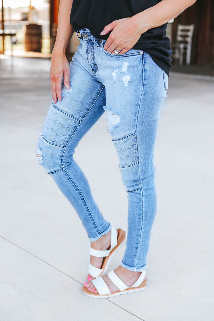 Emi Embroidered Jeans