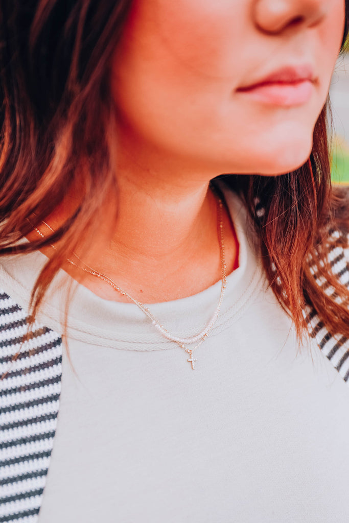 Lyla Layered Necklace in Beige