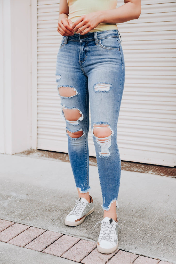 Maggie Mid Rise Jeans - Light