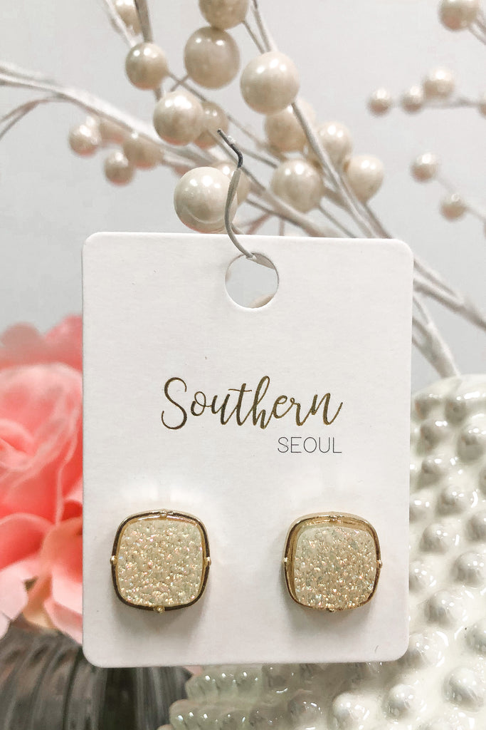 So Superficial Earrings - White