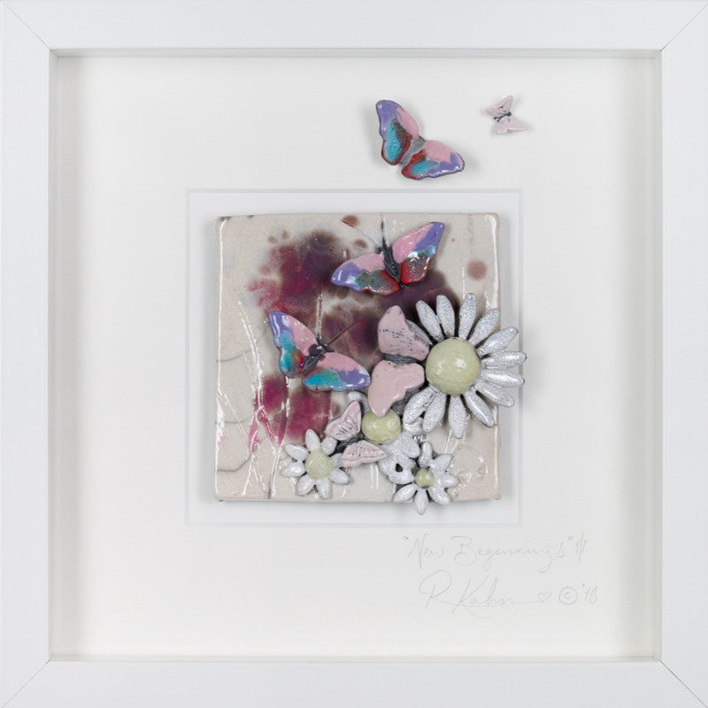 New Beginnings floral butterfly Sm i