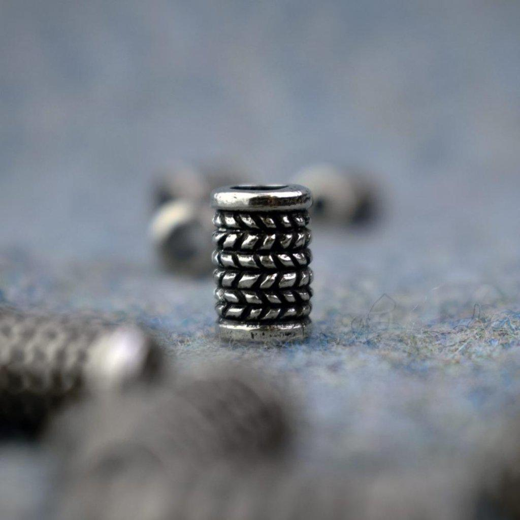 Asgard Herringbone Bead-Asgard-Dark Fashion Clothing