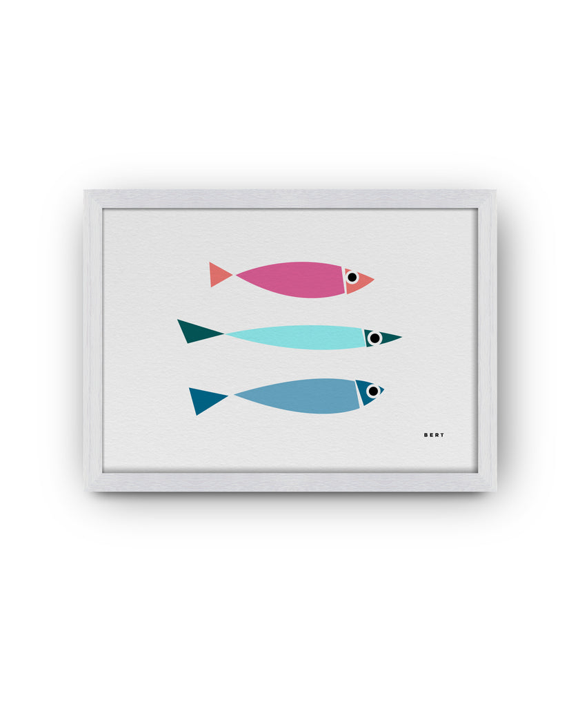 BERT & BUOY WALL ART | THREE FISH - WHITE
