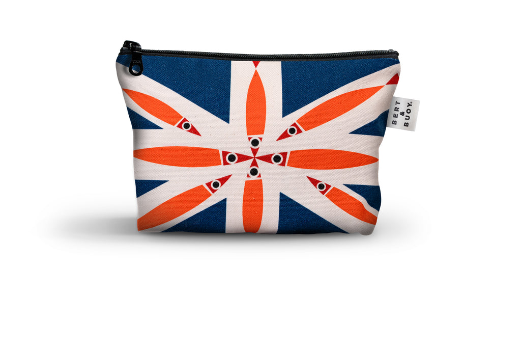 Bert & Buoy Medium Wash Bag Fishy Union Jack