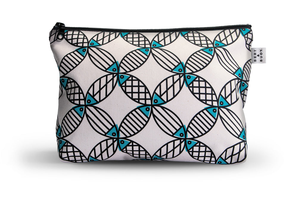 BERT & BUOY LARGE WASH BAG MIGHTY MACKEREL