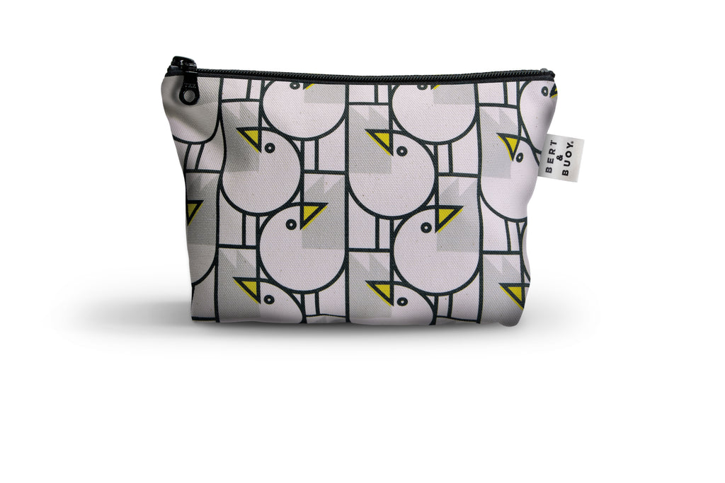 BERT & BUOY MEDIUM WASH BAG GREAT GULLS
