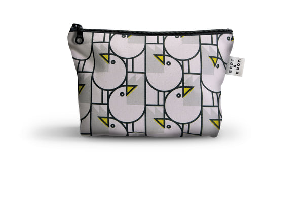 GREAT GULLS MEDIUM COSMETIC BAG