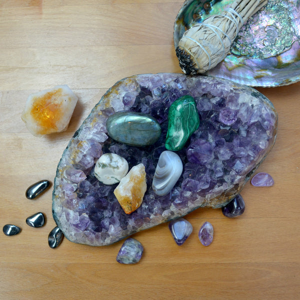 Stones and Crystals to Support Transformation and Growth