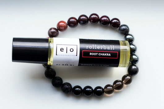 Root chakra bracelet and essential oil gift set