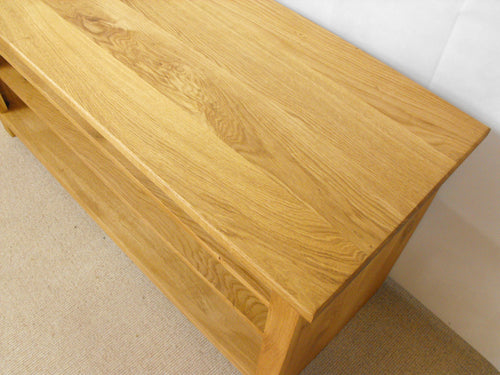 800mm Solid Oak TV Unit, Cabinet , Stand or Hifi unit