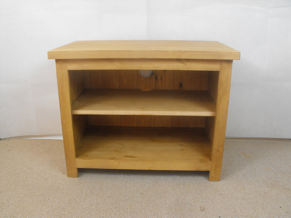 700mm Solid Pine TV Unit, Cabinet , Stand or Hifi unit