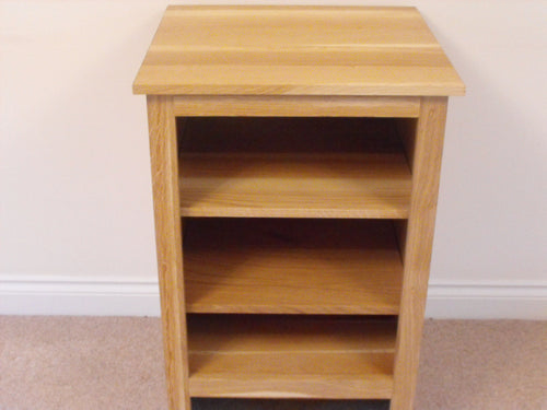 HiFi Unit, cabinet or stand 530mm in Solid Oak
