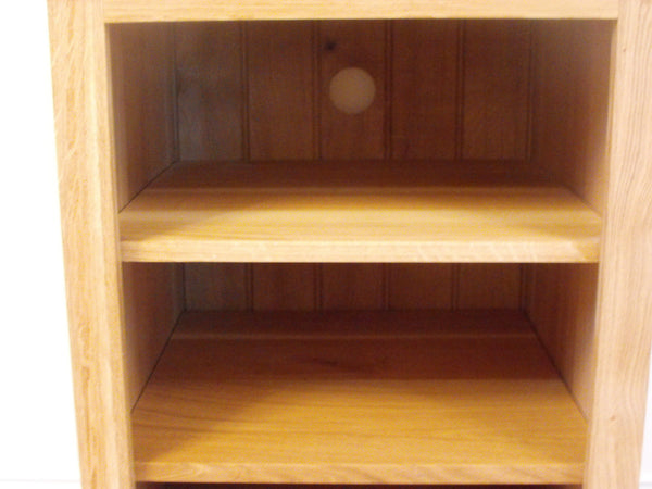HiFi Unit, cabinet or stand 530mm in Solid Pine