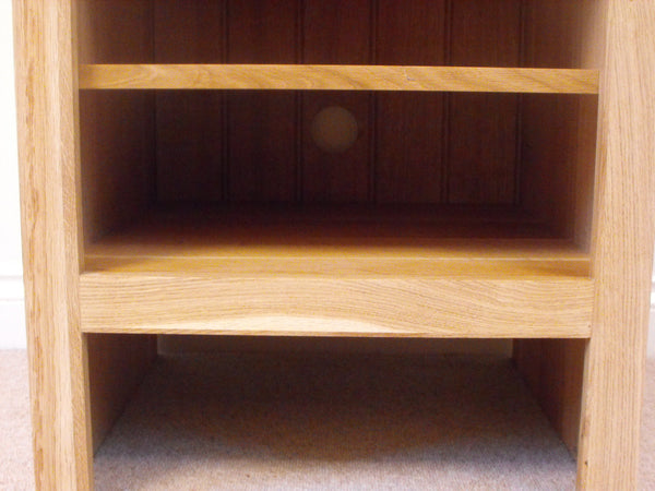 HiFi Unit, cabinet or stand 580mm in Solid Pine