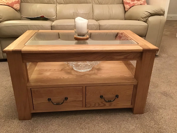 Premium range coffee table with glass top and drawers ideal for the, living room, lounge or bedroom.