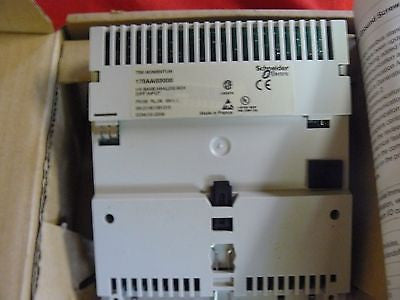 170AAI03000 NEW Modicon Momentum Analog Base 170-AAI-030-00