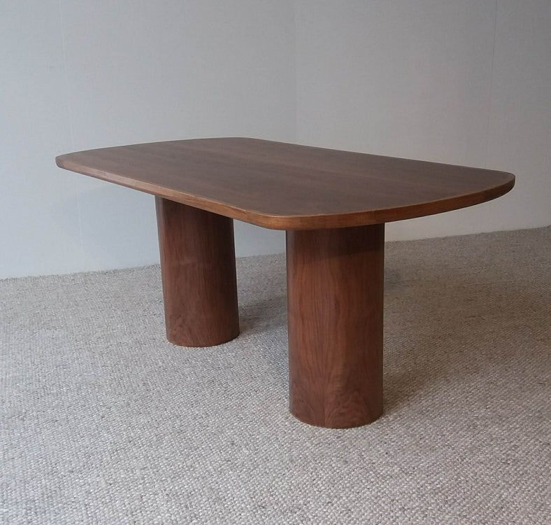 Ānau Dining Table