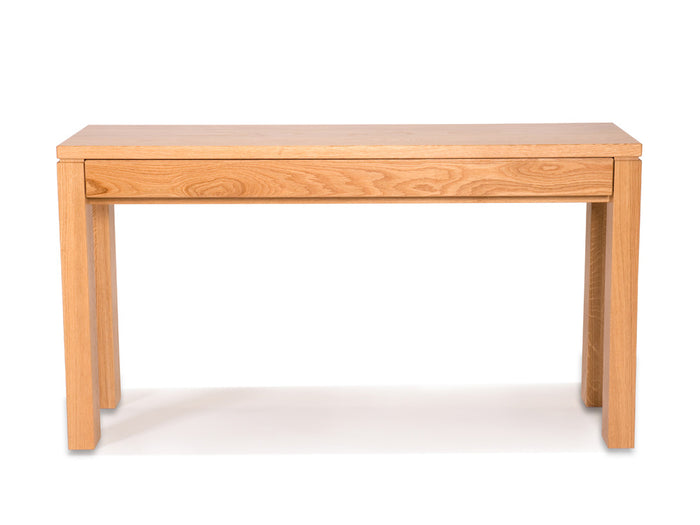 Attra Hall Table