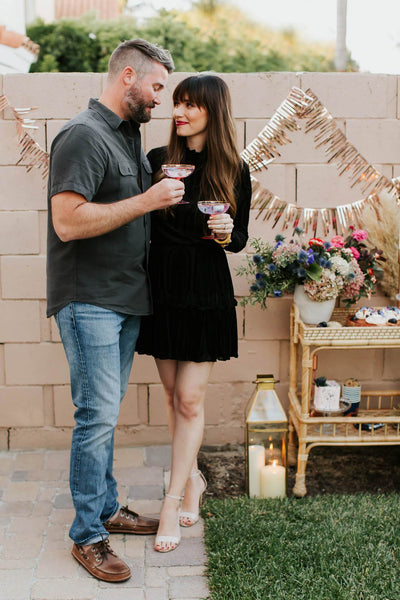 Intimate & Creative Gender Reveal: Mara Ferreira's Evening Celebration