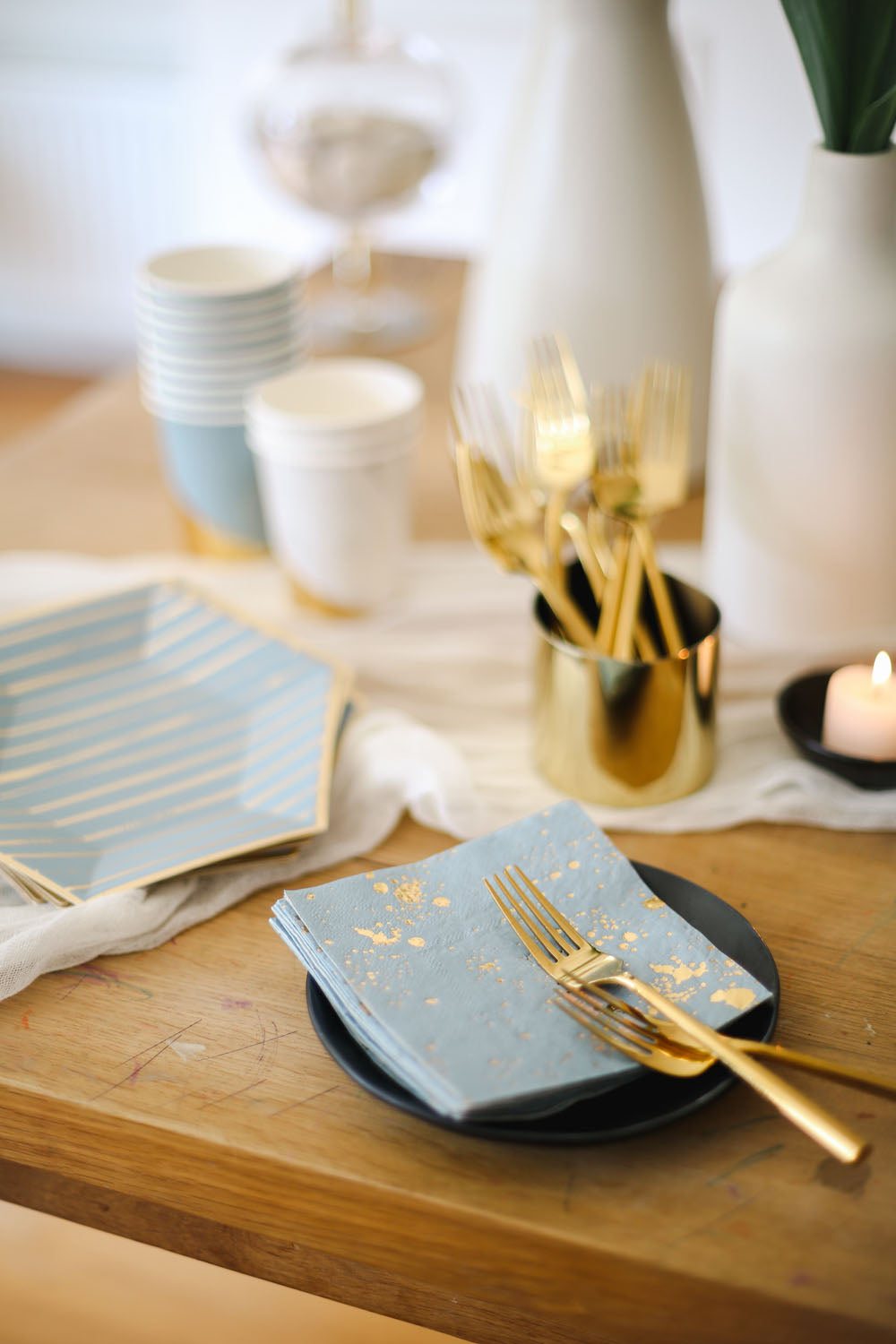 blue and gold cocktail napkins