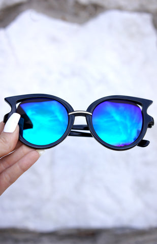 Butterfly Sunnies - Black/Egyptian Blue lens