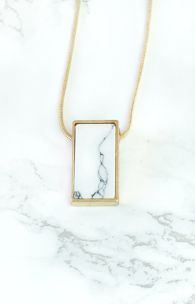 """Angela"" - BrassGold/Marble - Long Necklace - TopFoxx"