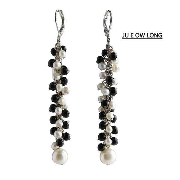 Freshwater Pearls and Onyx Earrings.