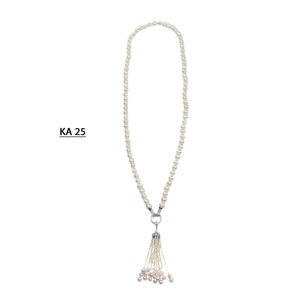 Single Strand of Freshwater Pearls with detchable Pearls Tassel