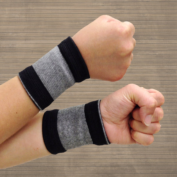 Bamboo Pro™ Self Warming Wrist Support (pair)