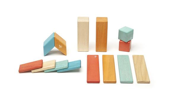 14 Piece Magnetic Wooden Block Set: Sunset