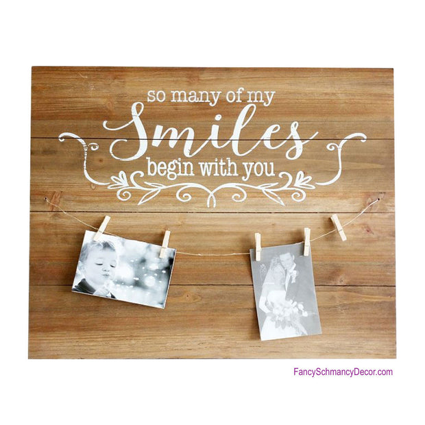 Smile Wood Photo Hanger