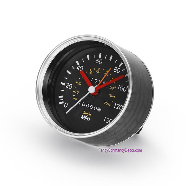 MG Automotive Can Clock