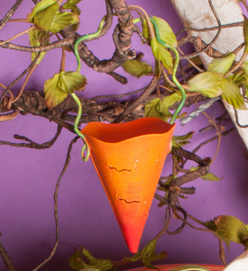 Easter Carrot Cup Hanger - The Round Top Collection E7008 - FancySchmancyDecor