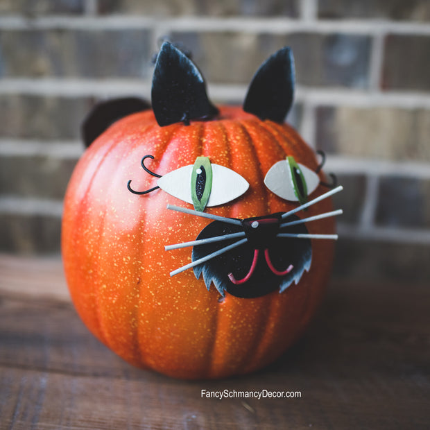 Black Cat Pumpkin Parts by The Round Top Collection F18048