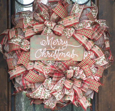 Mistletoe Merry Christmas Wreath