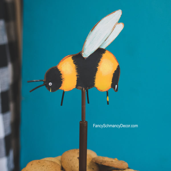 Bumble Bee Finial by The Round Top Collection Y19079