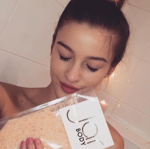 'VENICE BEACH' SUMMER PEACH BODY SCRUB
