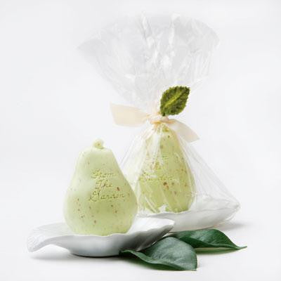 Gianna Rose Single Green Pear Soap in a Leaf Dish