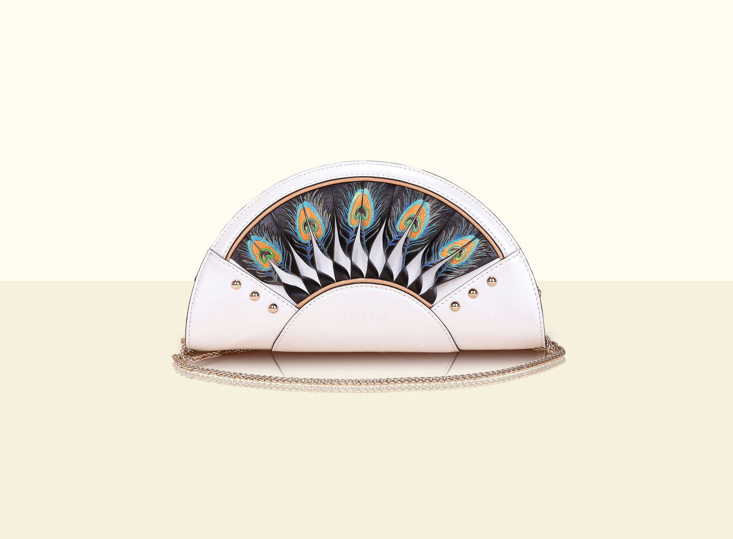 Exquisite Fan Clutch - Pearl White and Black