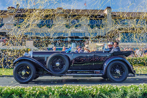 2019 Pebble Beach Concours d'Elegance®: the tie to celebrate 100 years of Bentley.