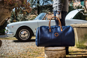 Weekender Garment Bag: functionality and road trip vibes. (Video)