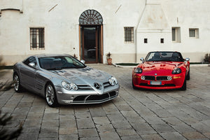 Car Tales: BMW Z8 and Mercedes SLR, the past never passed.