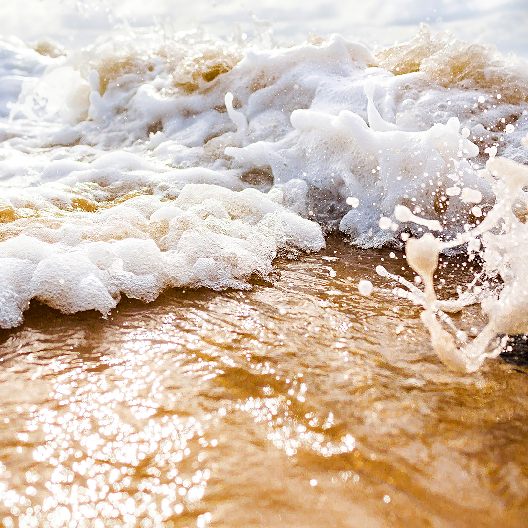 beach print / water photography / byron bay print