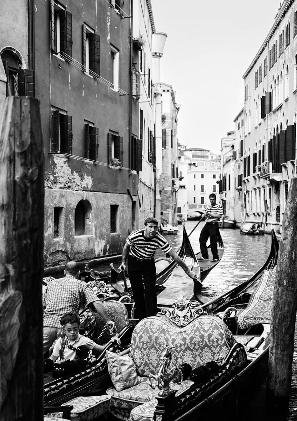 venice art print gondola photography venice photography art print photo of venice gondola black and white interior venice gondola art print photographic print of venice black and white interior artwork monochrome interior