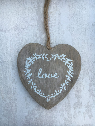 Wooden 'love' heart - Home Bee