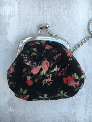30% OFF WAS £3.50 Floral keyring black purse in black - Home Bee