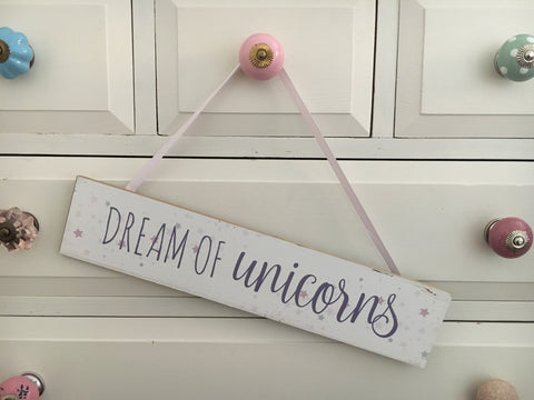 Unicorn plaque 'dream of unicorns' - Home Bee